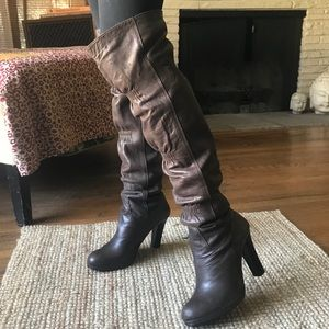 Gorgeous Thomas Wylde cocoa brown lambskin boots